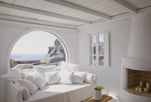 Aenaon-Villas-Hotel-Santorini-Greece