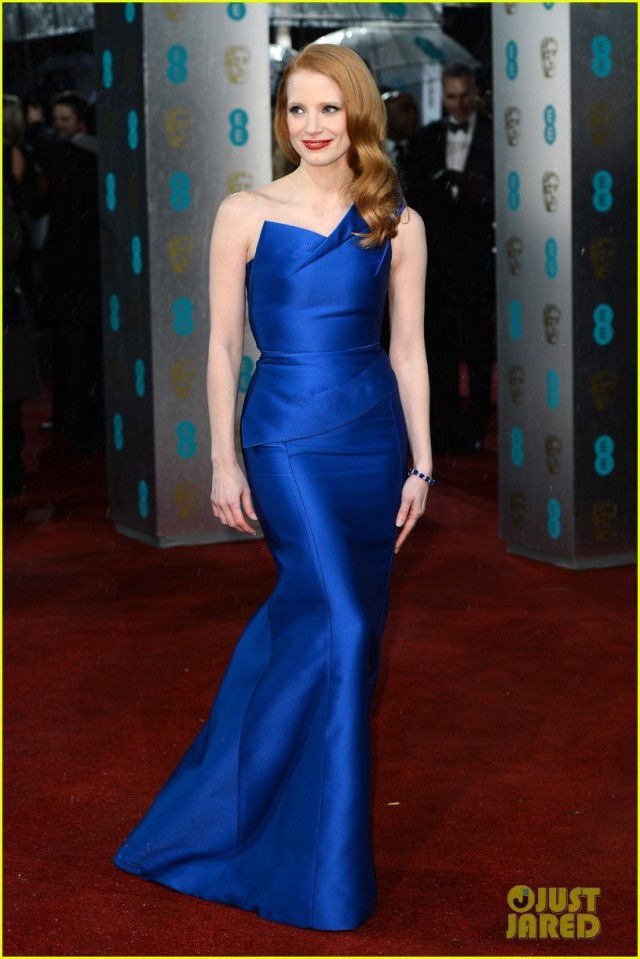 jessica-chastain-bafta-red-carpet-02