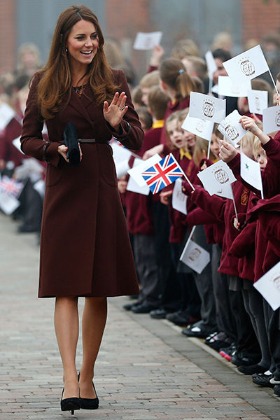10_duchess_kate_of_cambridge_middleton_pregnancy_maternity_fashion_18tjvsc-18tk03n