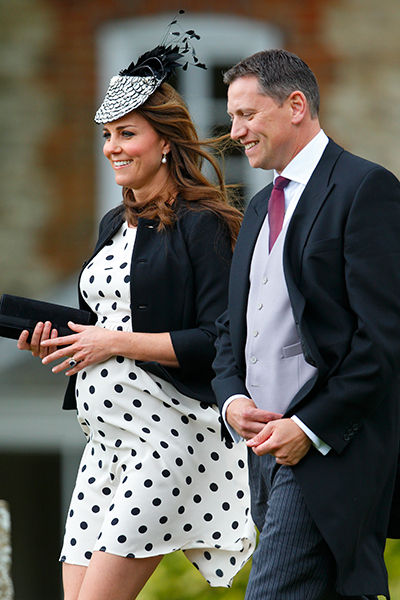5_duchess_kate_of_cambridge_middleton_pregnancy_maternity_fashion_18tjvsc-18tk03d