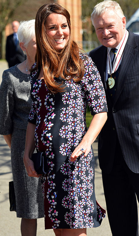 7_duchess_kate_of_cambridge_middleton_pregnancy_maternity_fashion_18tjvsc-18tk03g
