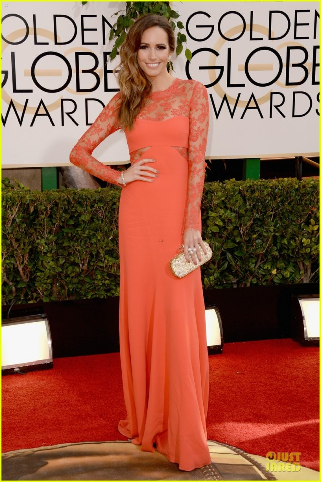 louise-roe-nancy-odell-golden-globes-2014-red-carpet-01