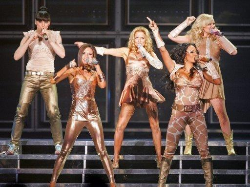 viva-forever!-spice-girls-reunite-for-musical