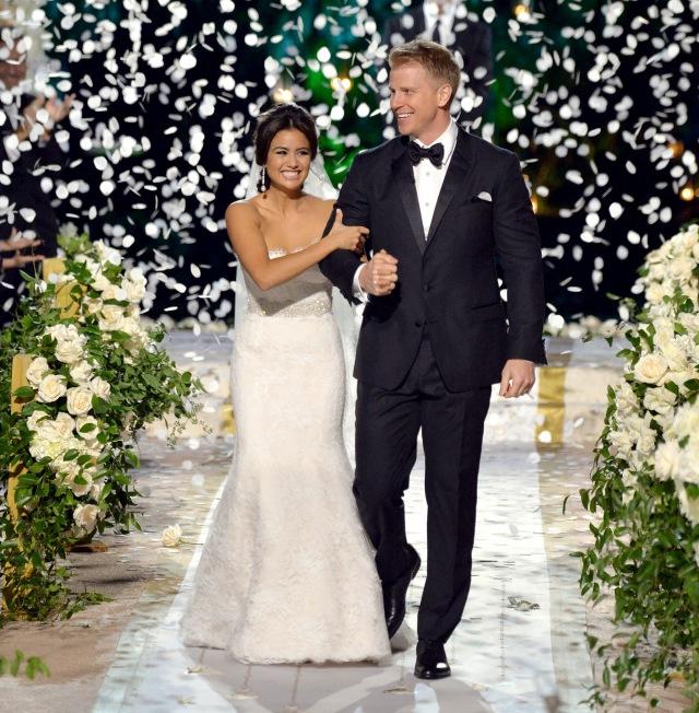 1390799156_catherine-sean-lowe-wedding-zoom