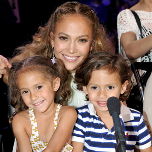 300-jlo-emme-max-mh-051112
