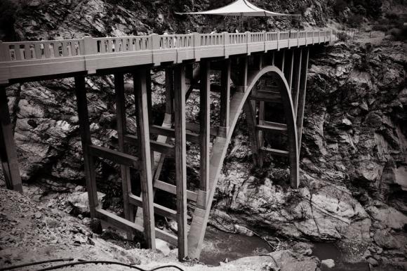 Bridge-to-nowhere-black-and-white