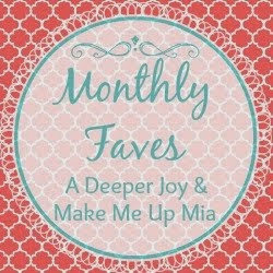 MonthlyFaves+Button
